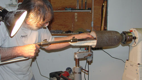Jean-François finishes hollowing a new bowl.