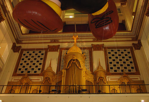 The facade of the Wanamaker organ inside Macy's.